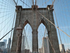 A view of the Brooklyn Bridge, symbolizing the area movers East New York know well. Our movers East New York are some of the most professional in the area!