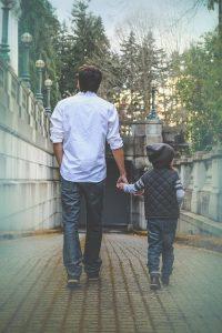 Moving to Manhattan as a single parent: Pros & Cons